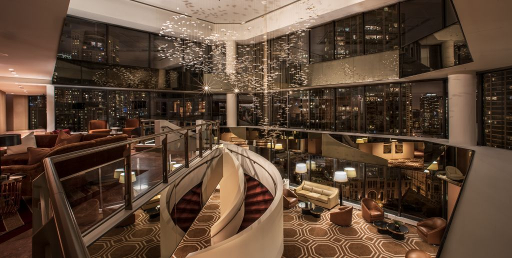 Conrad hotels resorts introduces new luxury hotel to for Fancy hotels in chicago