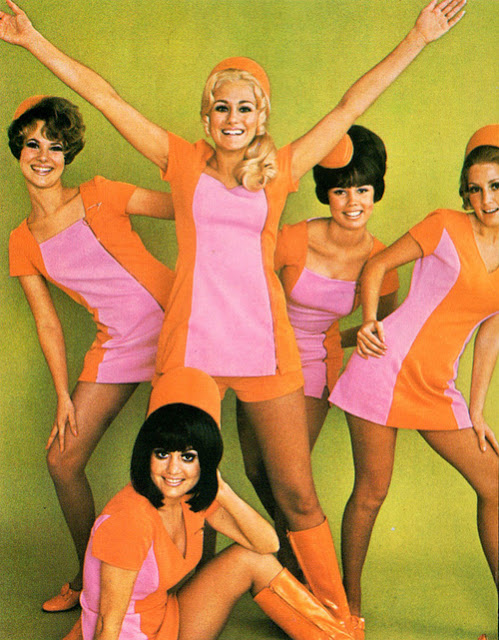 60s-stewardesses-jpg