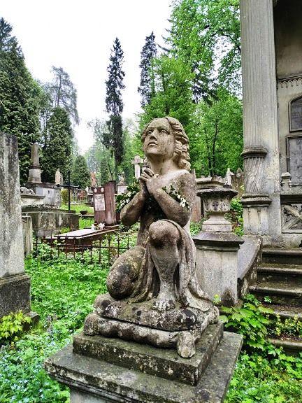 cemetery-lviv