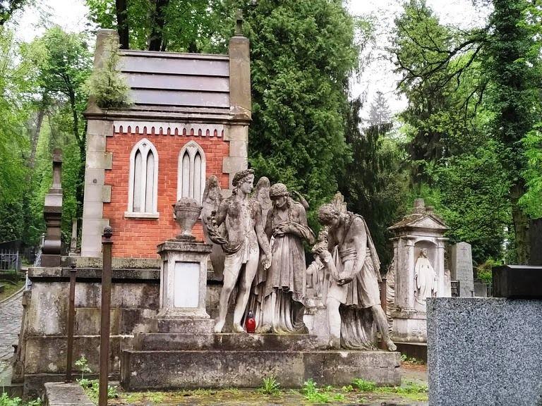 cemetery-lychakiv