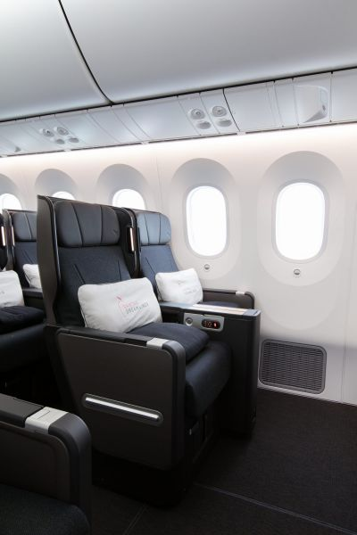 Qantas_171013_2166-1200x1800