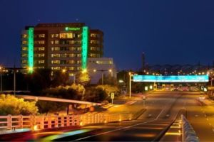 2631759-Holiday-Inn-GUAYAQUIL-AIRPORT-Hotel-Exterior-2-DEF