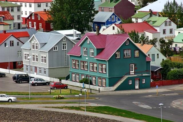 reykjavik-262737_640