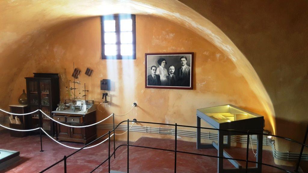 santorini wine