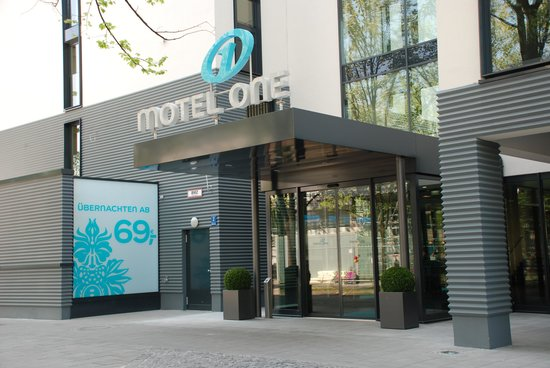 motel one 39 s latest redesigned one lounges have been. Black Bedroom Furniture Sets. Home Design Ideas