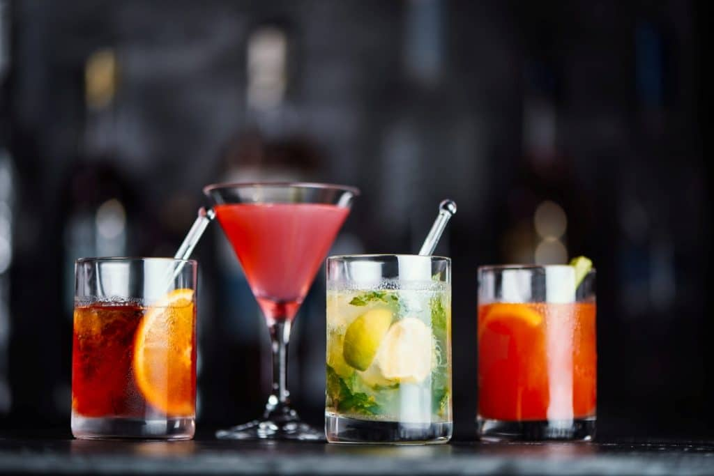 Αποτέλεσμα εικόνας για Scandic Hotels to stop using plastic straws and cocktail sticks