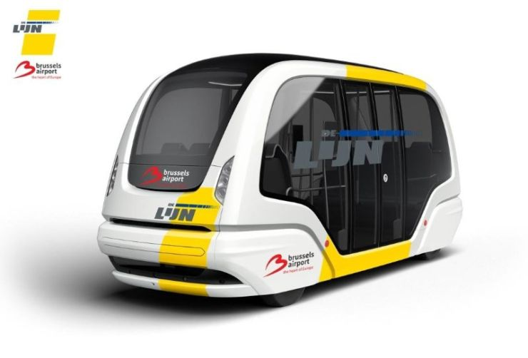 Self-driving people mover makes its maiden trip at Brussels Airport