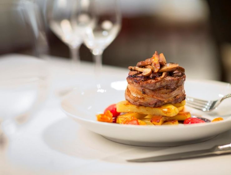 Food and drinks in restaurants in Zurich were on average more expensive than anywhere else in the world. It is the world's most expensive city to eat out.
