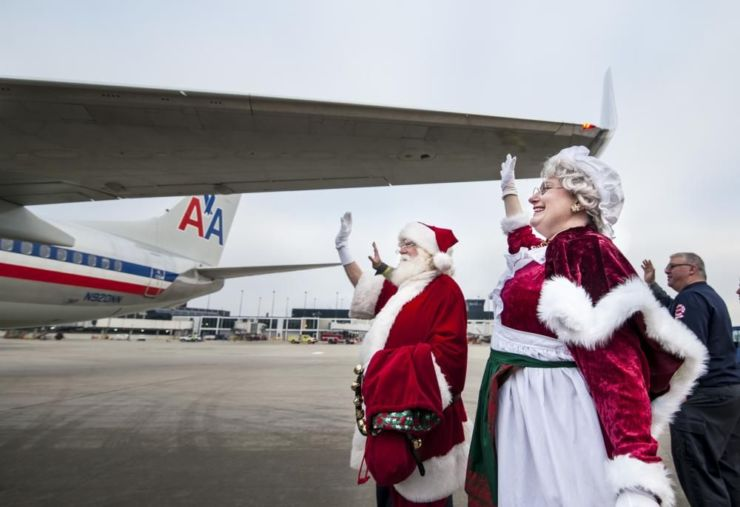 airport chrismas cancelled flights