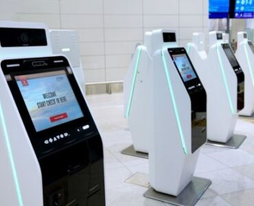 touchless check-in kiosks