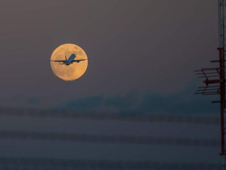 Supermoon Scenic Flight
